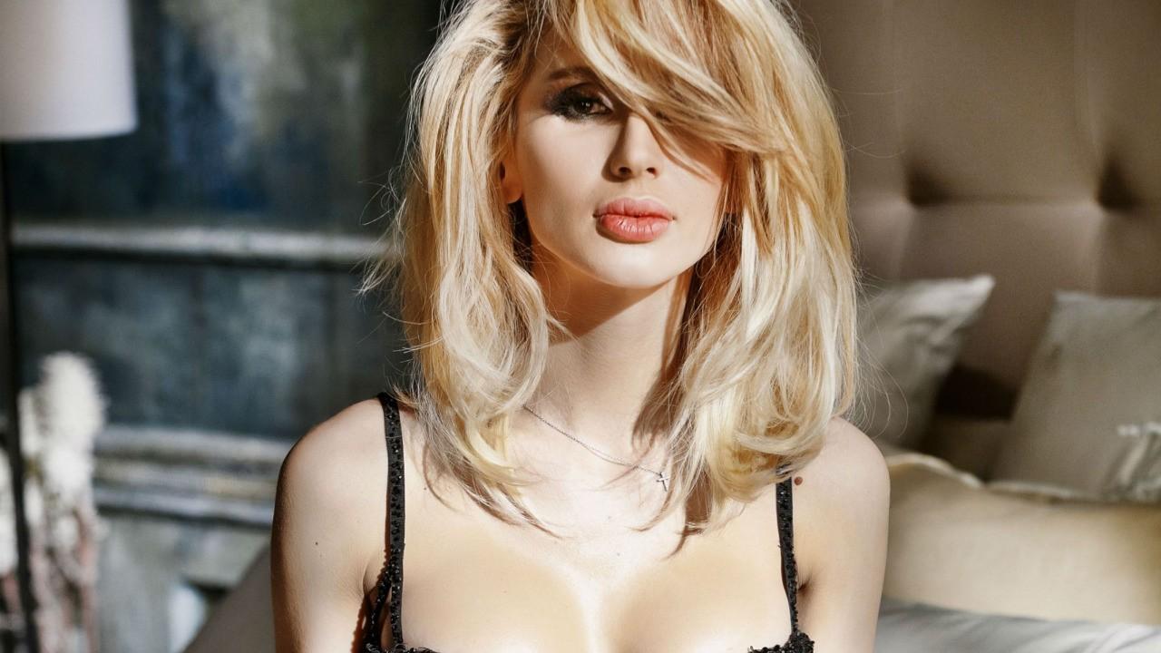 Самые эффектные блондинки российского шоу-бизнеса