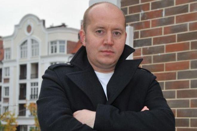 Сергей Бурунов (Sergei Burunov): личная жизнь и фильмы