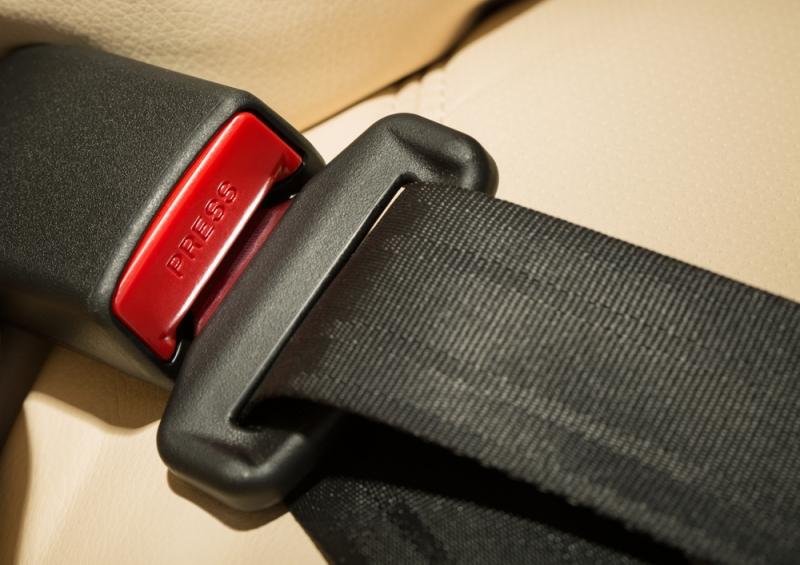 Штраф за непристегнутый ремень безопасности в 2019: пассажира, ребенка, водителя