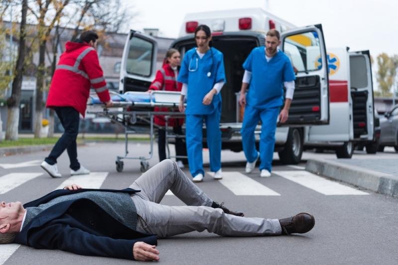 Считается ли травма по дороге на работу производственной?