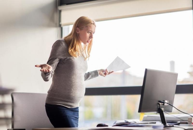 Можно ли уволить беременную при окончании трудового договора